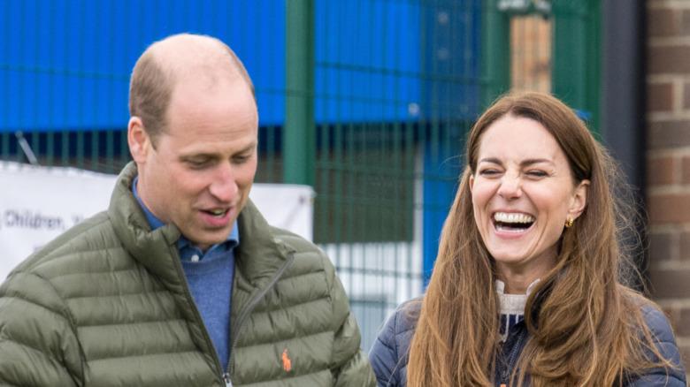 Prins William og Kate Middleton ler sammen