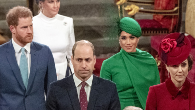 Prins Harry, prins William, Meghan Markle og Kate Middleton ser anspente ut