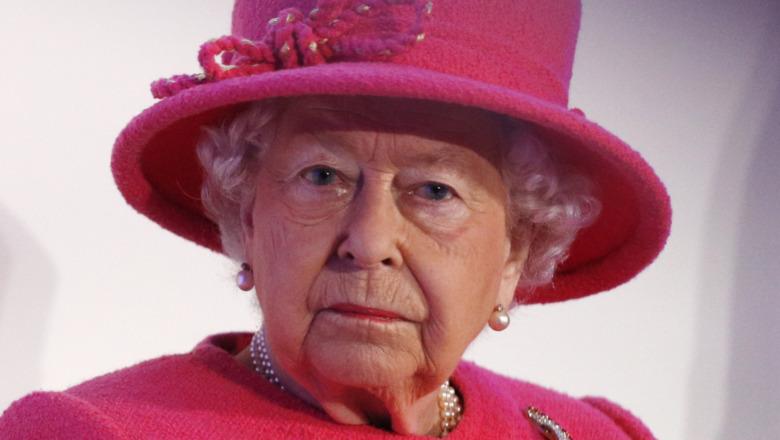 Dronning Elizabeth ved kongelig forlovelse