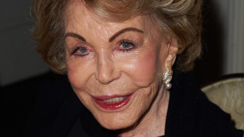 Anne Douglas smiler