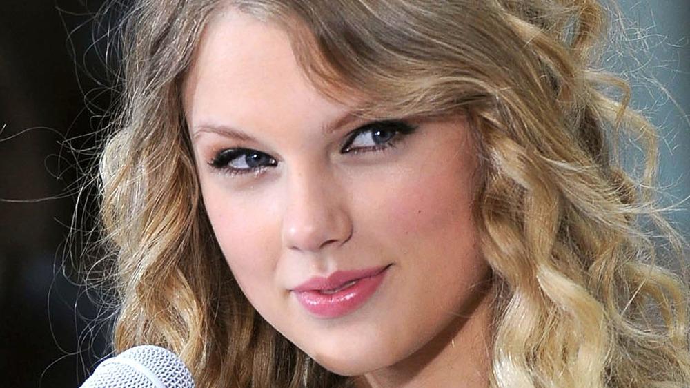 Taylor Swift under en forestilling