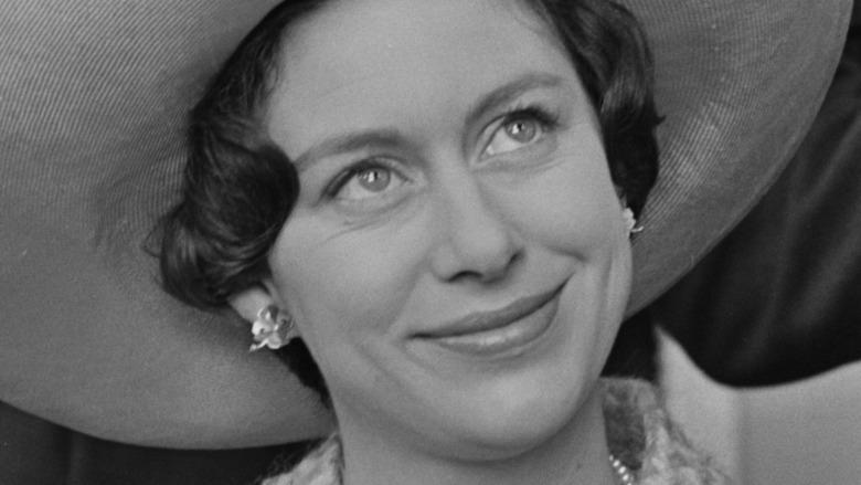 Prinsesse Margaret smiler til en kongelig begivenhet