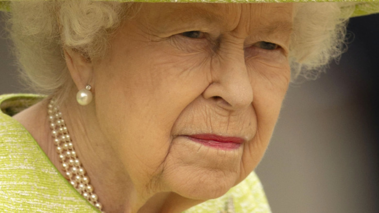 Dronning Elizabeth II alvorlig