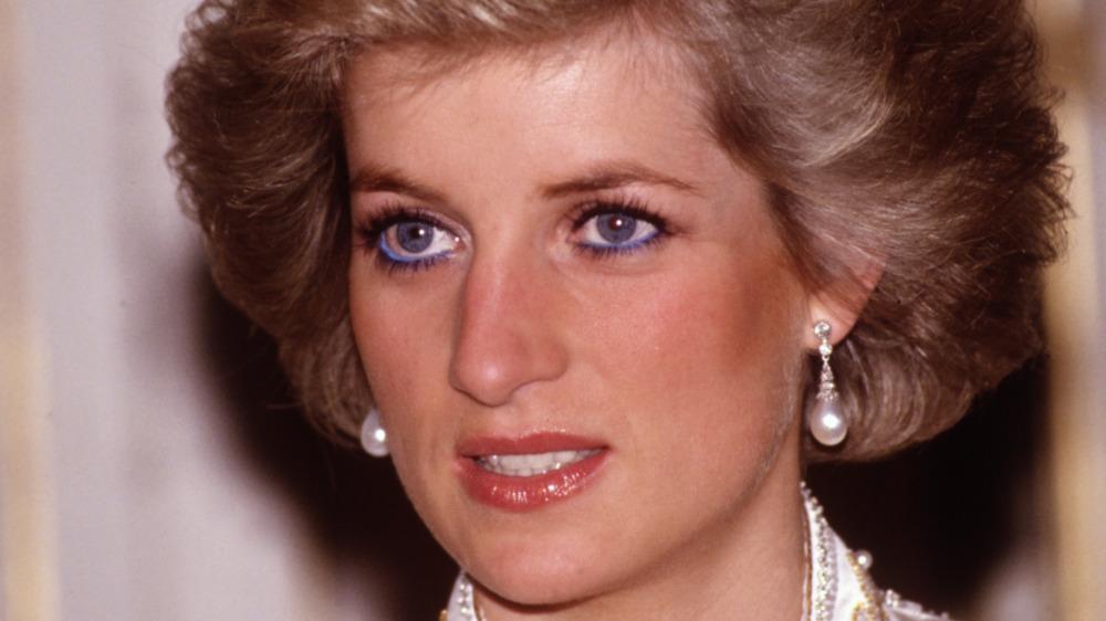 Prinsesse Diana stirrer av