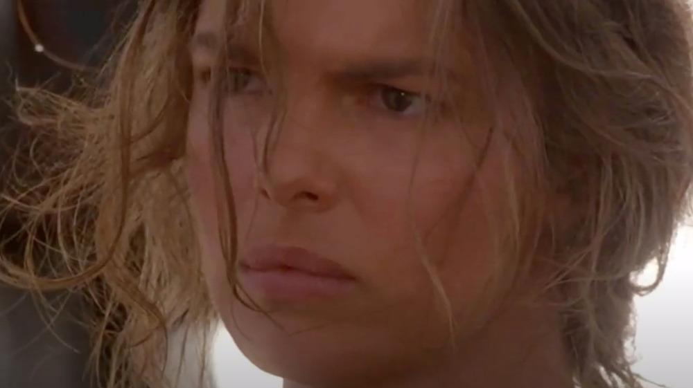 Jeanne Tripplehorn som Helen i Waterworld