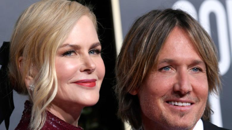 Keith Urban og Nicole Kidman smiler