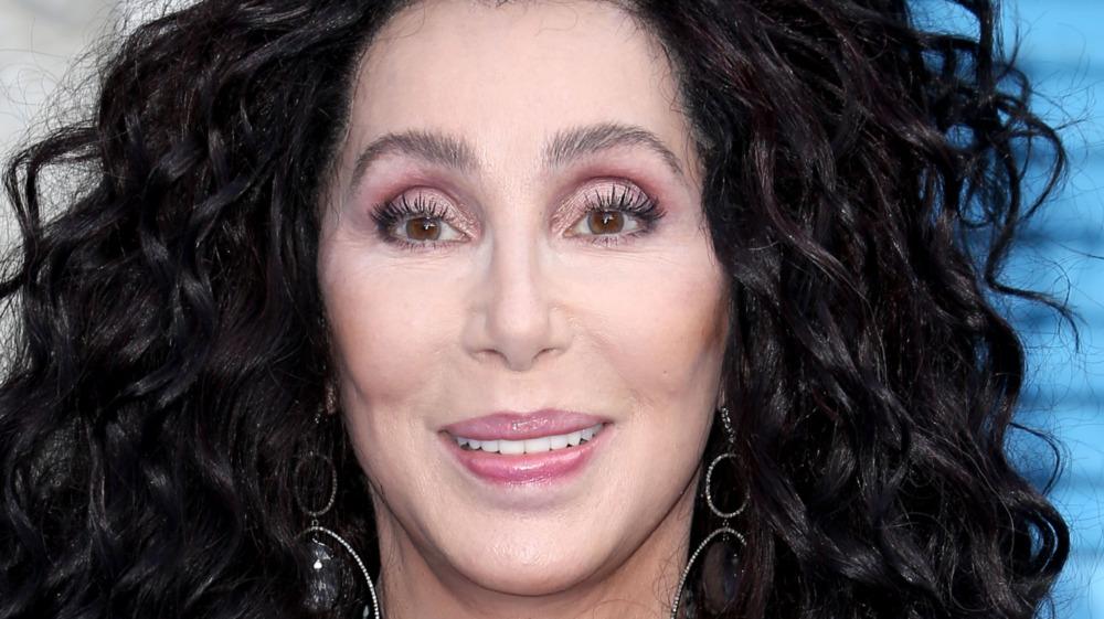 Cher smiler