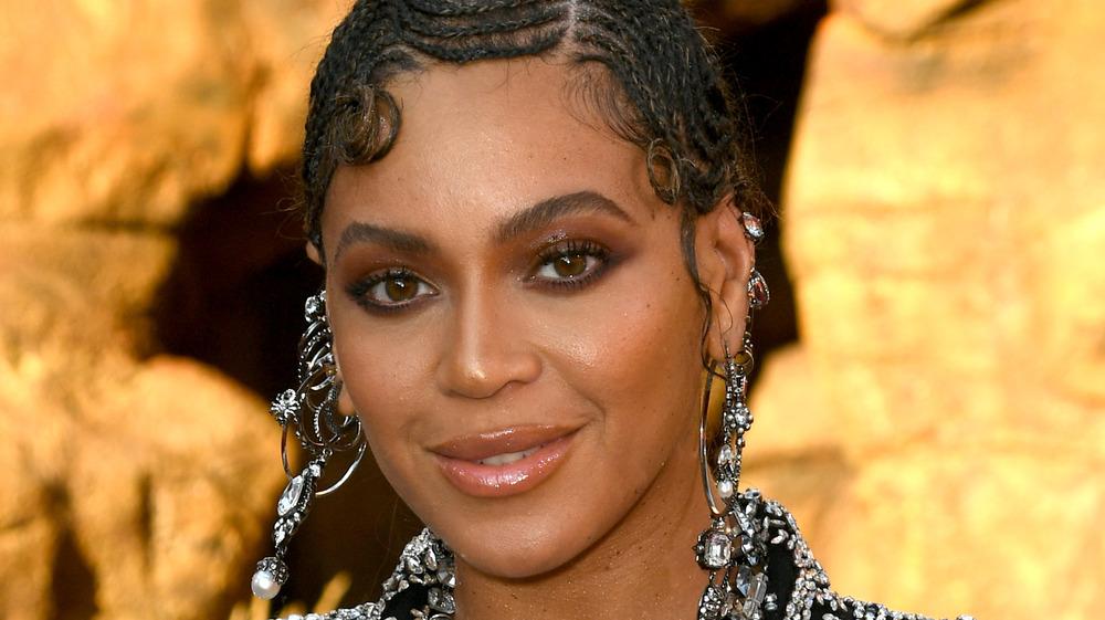 Beyonce på The Lion King-filmen har premiere på rød løper