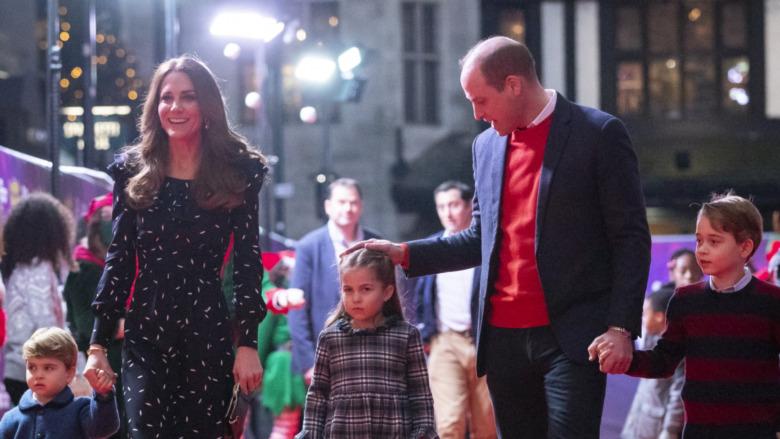 Prins William og Kate Middleton med barna prins Louis, prins George og prinsesse Charlotte
