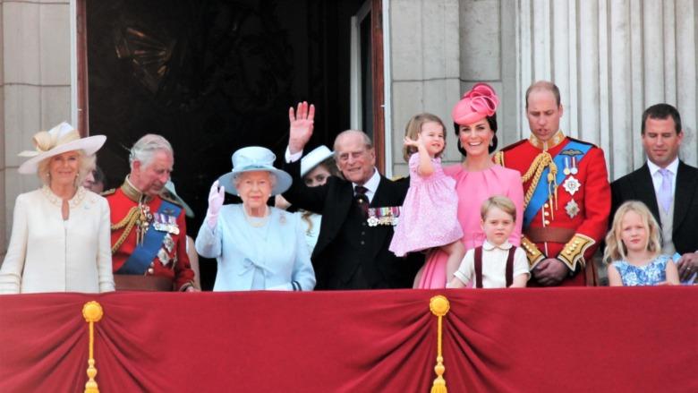 Kongefamilie på balkongen