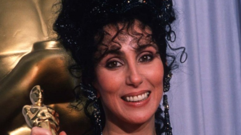 "Cher har sin beste skuespillerinne i en hovedrolle Oscar for ""Moonstruck"" på Academy Awards 11. april 1988"