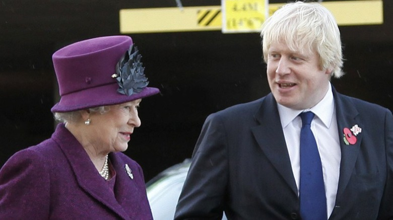 Dronning Elizabeth II og Boris Johnson