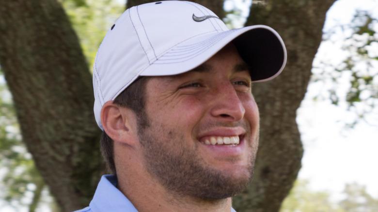 Tim Tebow golf