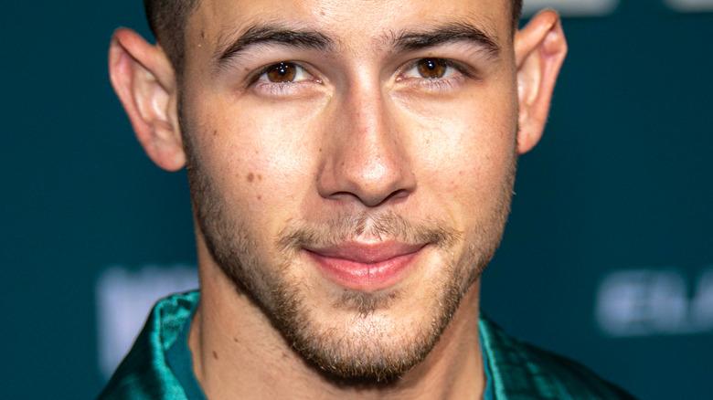 Nick Jonas på den røde løperen