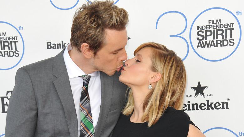 Dax Shepard kysser Kristen Bell