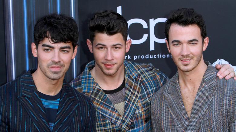 Jonas Brothers røde løperen
