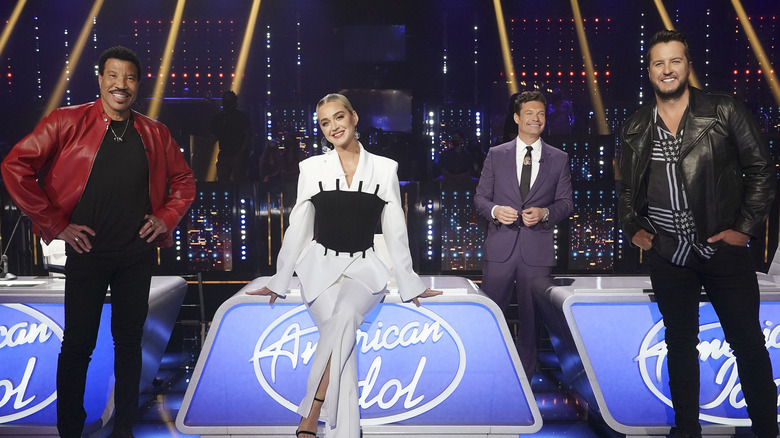 Lionel Richie, Katy Perry, Ryan Seacrest og Luke Bryan på American Idol