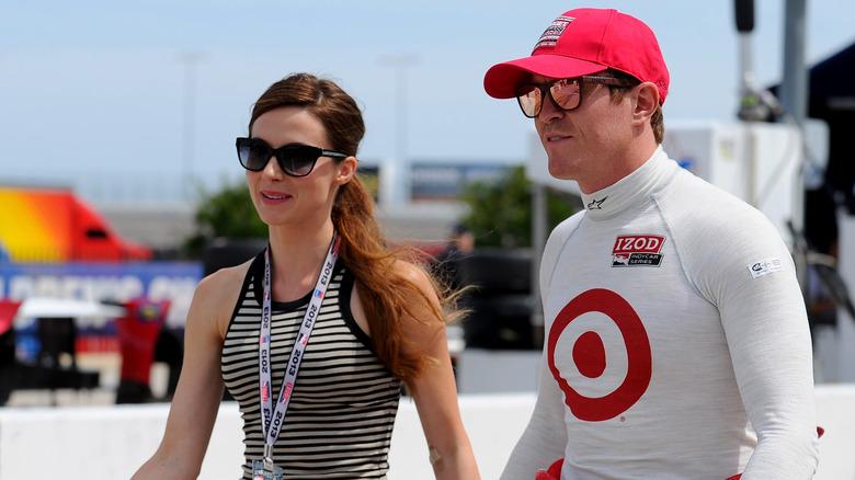 Emma Davies og Scott Dixon på sporet