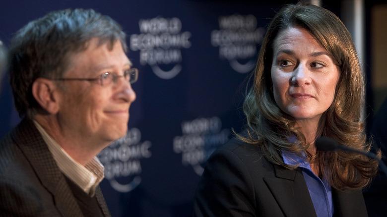 Melinda Gates stirrer på Bill Gates