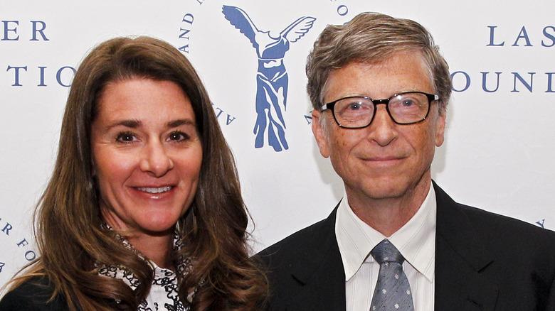 Melinda og Bill Gates smiler