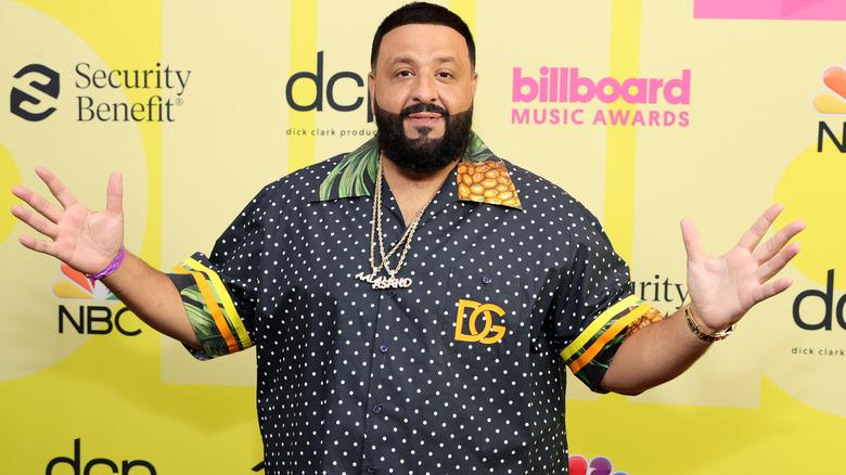 DJ Khaled stiller backstage for Billboard Music Awards 2021