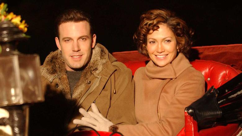 Jennifer Lopez og Ben Affleck i en vogn