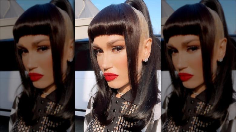 Gwen Stefani svart blond hår selfie