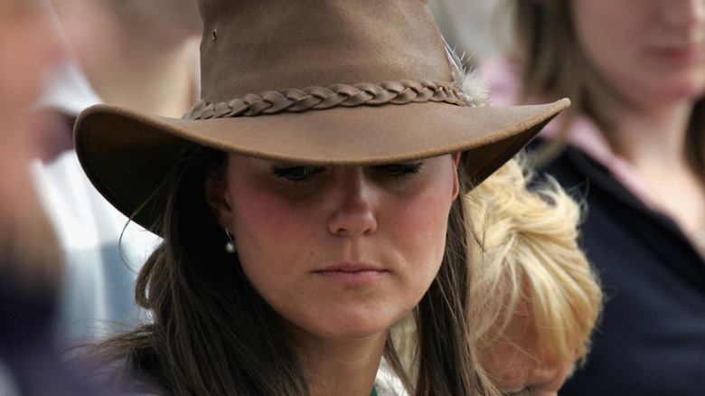 Kate Middleton iført cowboyhatt
