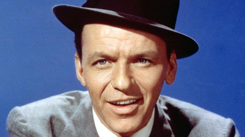 Frank Sinatra smiler