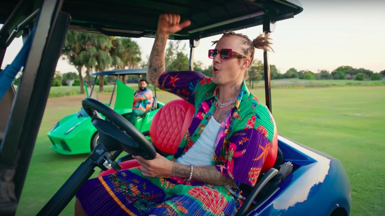Justin Bieber i en golfbil fra DJ Khaled musikkvideo