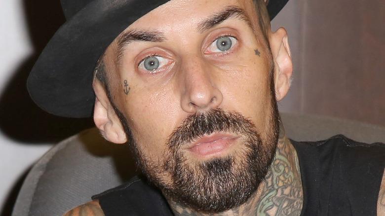 Travis Barker i hatt