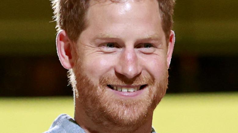 Prins Harry skjeve tenner
