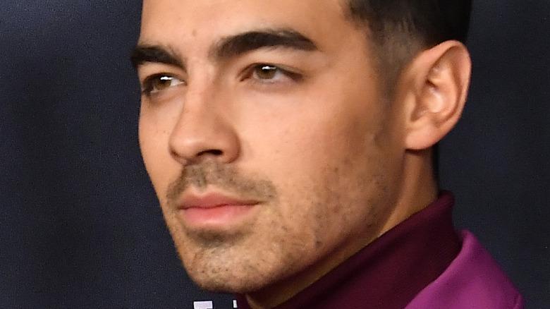 Joe Jonas på den røde løperen