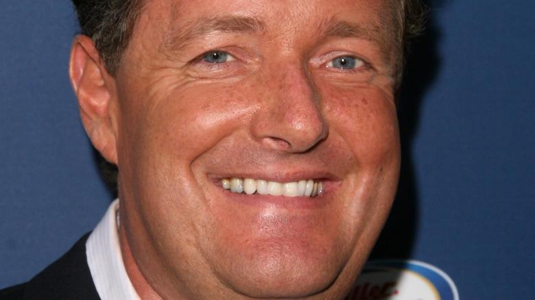 Piers Morgan blå øyne
