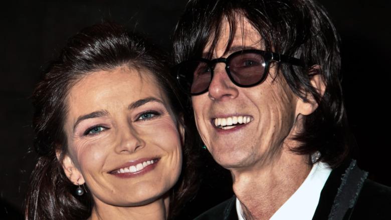 Paulina Porizkova og Ric Ocasek smiler sammen