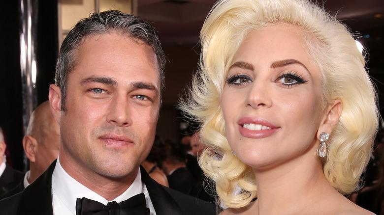 Taylor Kinney og Lady Gaga på Golden Globes
