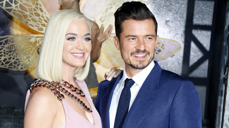 Katy Perry og Orlando Bloom smiler