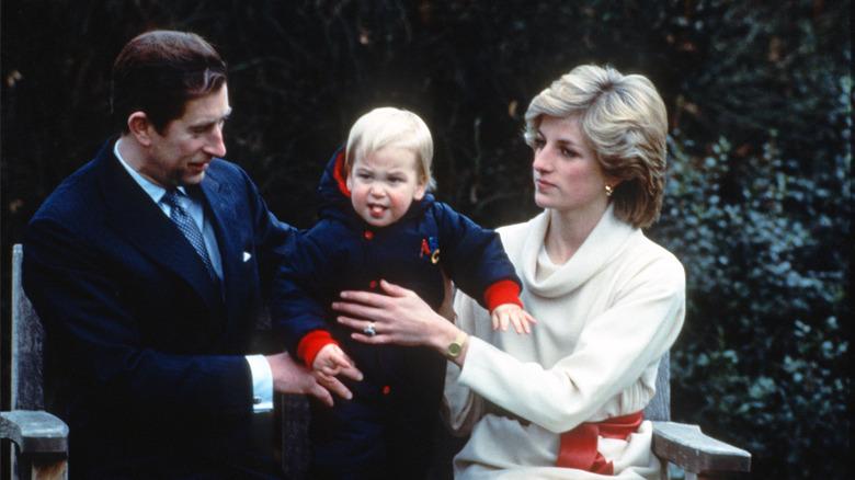 Prins Charles, Prinsesse Diana, Prins William, Kensington Palace, 1982