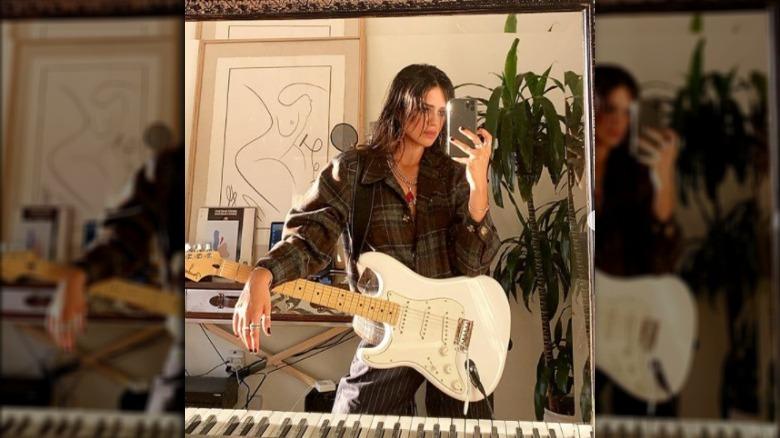 Sasha Calle selfie