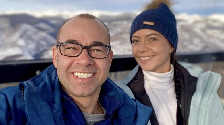 James Murray og Melyssa Davies på skitur
