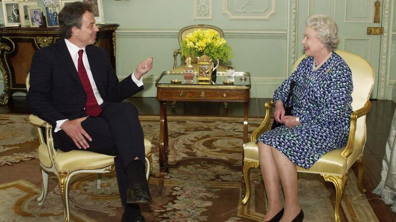 Tony Blair, dronning Elizabeth, poserer