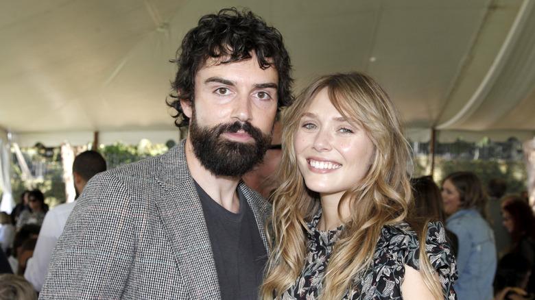 Robbie Arnett og Elizabeth Olsen