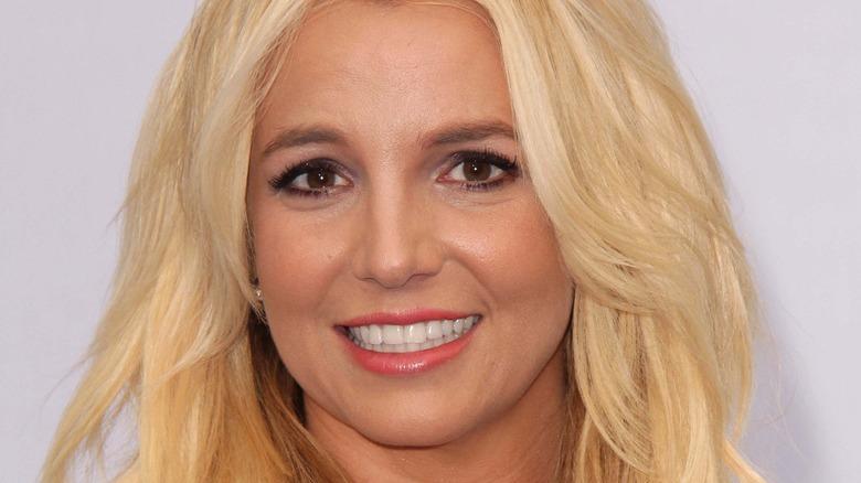 Britney Spears gullhår