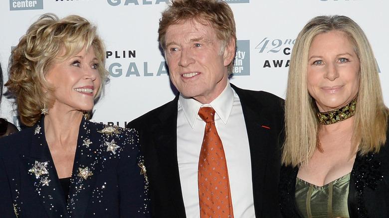 Jane Fonda, Robert Redford og Barbra Streisand, alle smilende