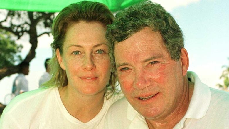 Nerine Shatner og William Shatner poserer sammen
