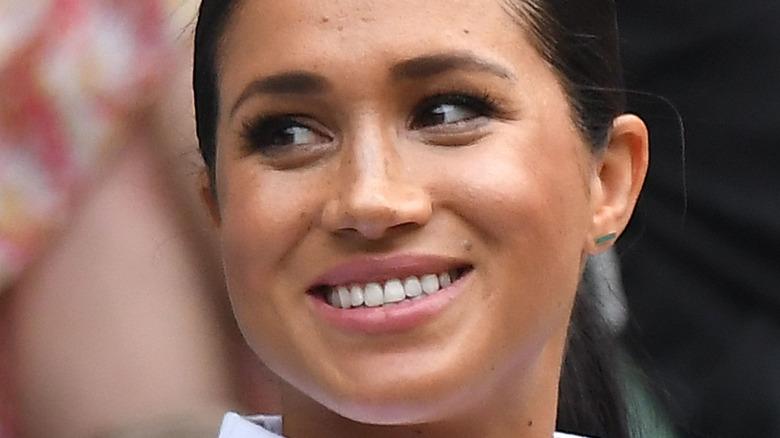 Meghan Markle smiler i oktober 2020