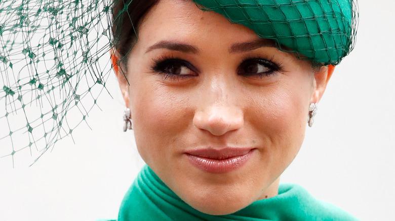 Meghan Markle grønn hatt