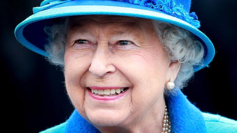 Dronning Elizabeth, smilende
