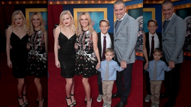 Ava Phillippe, Reese Witherspoon, diakon Phillippe, Jim Toth og Tennessee Toth