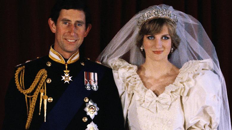 Prins Charles og prinsesse Diana på bryllupsdagen